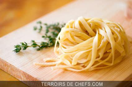 p 226 tes fra 238 ches au foie gras et aux morilles recette de franche comt 233