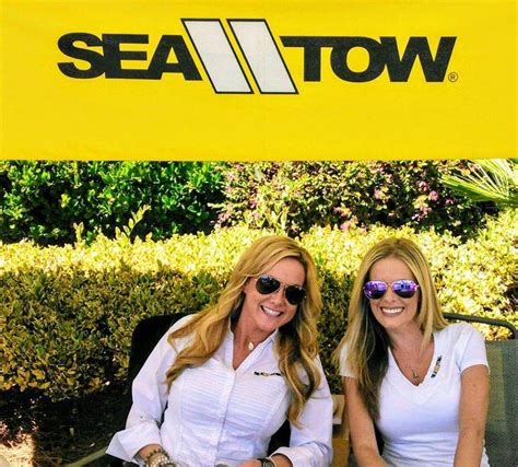Tow Boat Us Savannah Ga by Sea Tow Home Facebook