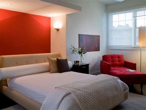 Red Bedrooms : 20 Inspiring Master Bedroom Decorating Ideas