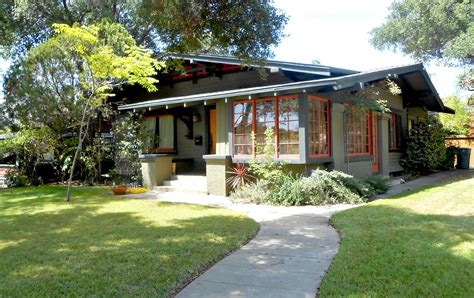 The Craftsman Bungalow House  My Life Banquet