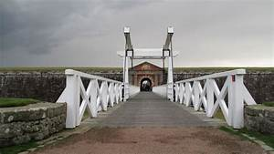 Fort George: Government 'taking advice' on defence cuts ...