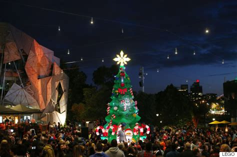 Canberra Smashes World Record For Most Lights On A