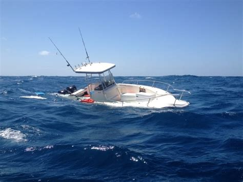 Pictures Of Sinking Boats by Boat Sinking Videos Images