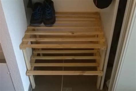 voici comment faire rapidement un petit meuble pour ranger les chaussures