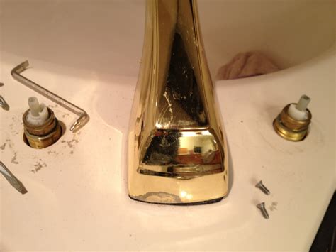 how do i remove this tub spout plumbing diy home improvement diychatroom