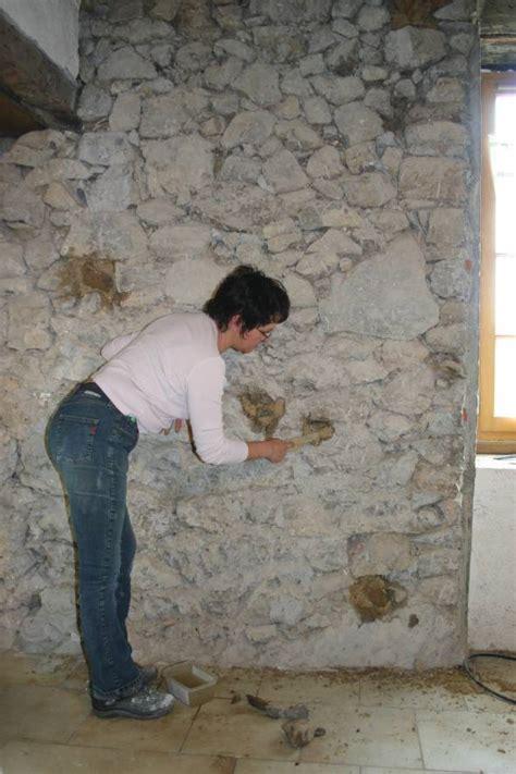 rejointoyer un mur 224 pierres vues avec un mortier de chaux