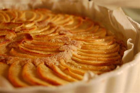 tarte feuillet 233 e aux pommes et cr 232 me d amande oh my cake