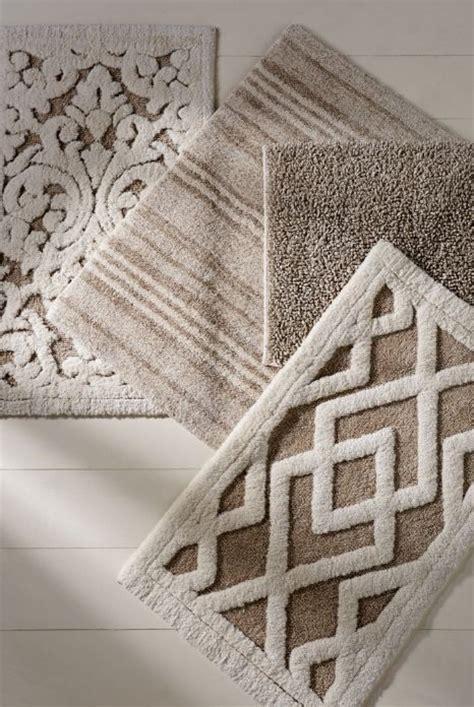 hayden bath rug in fiber and