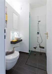 Gäste Wc Renovieren : ideen f r kleine b der g ste wc mit dusche ~ Markanthonyermac.com Haus und Dekorationen