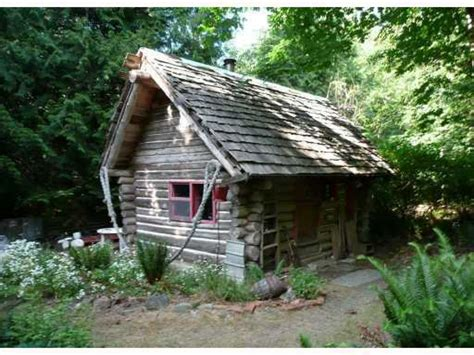 Small Rustic Log Cabin Inside a Small Log Cabins, log camp