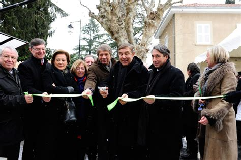 inauguration de la maison de parents ronald mcdonald du chu de grenoble michel destot