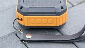 Bluetooth Lautsprecher Badezimmer : der beste outdoor bluetooth lautsprecher bisher omaker m4 techtest ~ Markanthonyermac.com Haus und Dekorationen