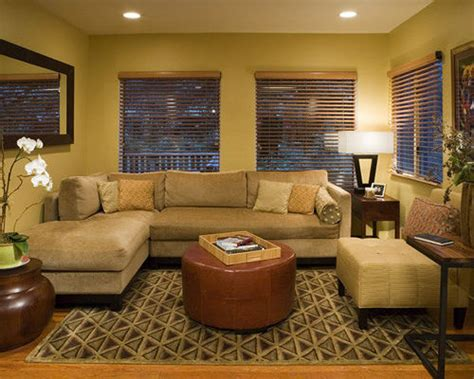 Small Family Room Interior Design Ideas by Decorating A Small Family Room Home Design Ideas Pictures