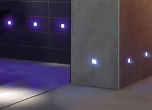 Korkboden Im Bad : led fliesenbeleuchtung sorgt f r ein schickes ambiente ~ Markanthonyermac.com Haus und Dekorationen