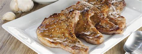 c 244 tes de porc marin 233 es au miel moutarde et s 233 same