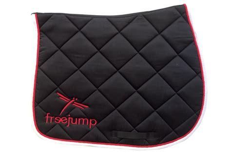 tapis de selle standard l freejump equipements professionnels d equitation