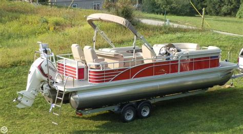 Tritoon Boat Rough Water by 25 Best Ideas About Tritoon Boats For Sale On Pinterest