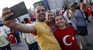 Turkish people share democracy rallies on social media ...