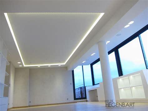 les 25 meilleures id 233 es concernant faux plafond salon sur faux plafond plafond