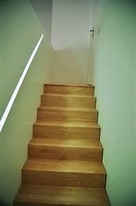 Handlauf In Wand : minimalistische treppe ~ Markanthonyermac.com Haus und Dekorationen