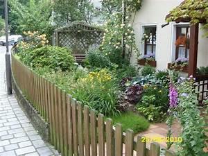 Carport Im Vorgarten : hausgarten in neustadt b coburg 5 referenzen ~ Markanthonyermac.com Haus und Dekorationen