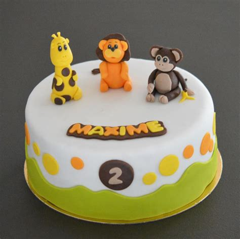 g 226 teau savane b 233 b 233 anniversaire 2 ans figurines en p 226 te 224 sucre girafe singe g 226 teaux