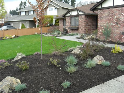 Slope Yard Ideas by Image Of Steep Slope Landscaping Ideas On A Sloped Front