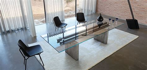 less is more dining table roche bobois
