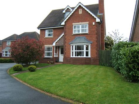 4 Bedroom Detached House For Sale In Teveray Drive