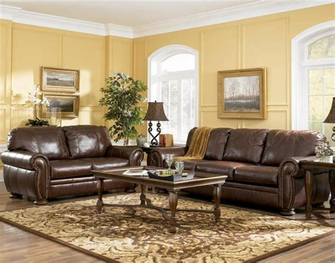 brown furniture living room ideas living room decorating ideas with brown leather