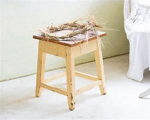 Holz Künstlich Alt Machen : vintage hocker shabby chic hocker alt holz schemel vintage bank ein designerst ck von miss ~ Markanthonyermac.com Haus und Dekorationen