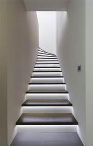 Wand Indirekt Beleuchten : geschosstreppe mit led beleuchtung modern treppenhaus sonstige von tischlerei hunold gbr ~ Markanthonyermac.com Haus und Dekorationen