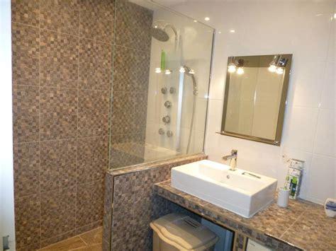 refaire sa salle de bain pas cher maison design bahbe