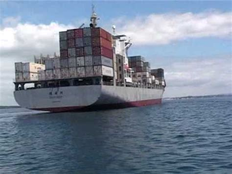 Boat Safety Videos Free by Boats Near Big Ships Boat Safety In Nz Maritime New