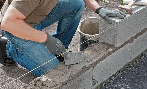 mur en parpaing comment construire mur