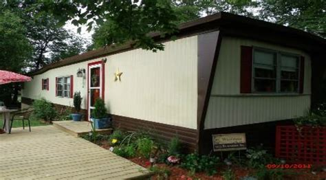 How To Spray Paint Your Mobile Home Siding