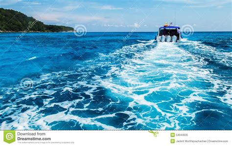 Cartoon Boat Wake by Wake Of Motorboat On Ocean Royalty Free Stock Image