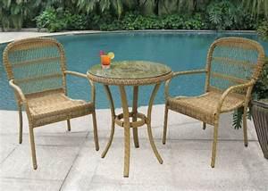 Kleiner Tisch Mit Stühlen : traditioneller bistrotisch passend f r jeden garten ~ Markanthonyermac.com Haus und Dekorationen