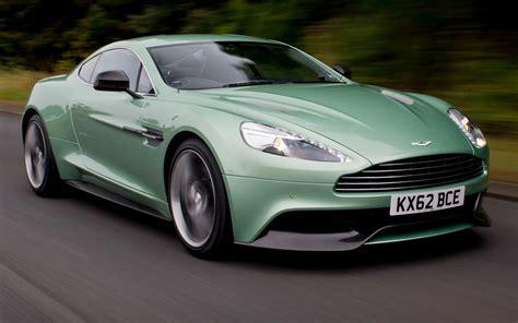 Aston Martin Vanquish Front Motion View Photo 22