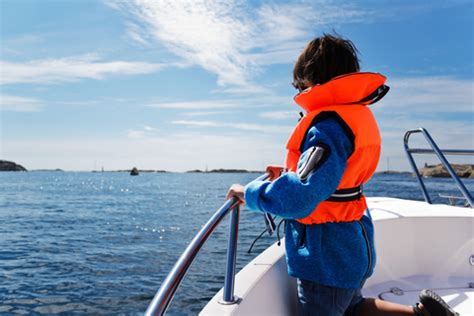 Georgia Boating Laws by Georgia Life Jacket Law For Children New For 2013 A