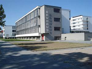 Kunstepoche Moderne Merkmale : bauhaus dessau wikipedia ~ Markanthonyermac.com Haus und Dekorationen