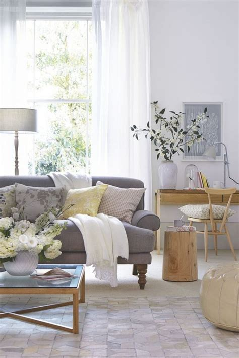how to freshen up your living room d 233 cor home decorating