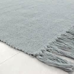 petit tapis pas cher gris en coton 60x120cm monbeautapis