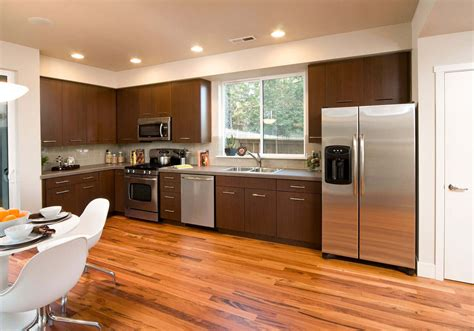 20 Best Kitchen Tile Floor Ideas For Your Home Painting Living Room Photos How To Decorate Your With Cushions Small L Shaped Design Ideas Decorating Rectangular Fireplace A Green Carpet The Coffee And Lounge Olafur Arnalds Songs Tpb Blue Orange
