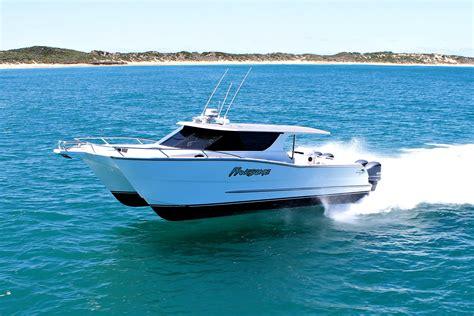 Fast Catamaran Fishing Boats by Outlaw 12 0m Walkaround Catamaran Review Boatadvice