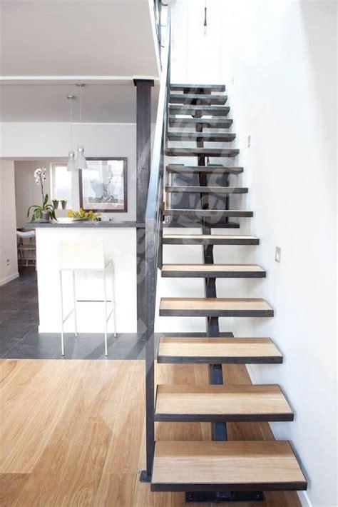 escalier design m 233 tal et bois sur limon central marches caissons pour incrustation parquet