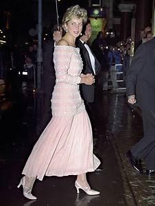 Princess Diana Gown Exhibit Opens at Kensington Palace ...