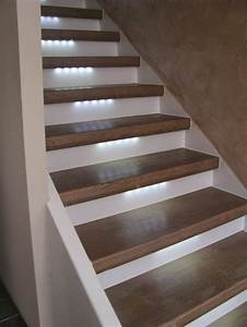 Treppenaufgang Außen Gestalten : bilder treppenhaus gestalten 2 ~ Markanthonyermac.com Haus und Dekorationen