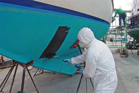 Wet Sanding Boat Bottom Paint by The Lowdown On Boat Bottom Paint Boatus Magazine