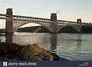 Two Tier Bridge Stock Photos & Two Tier Bridge Stock ...